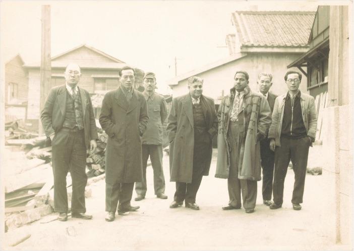 1948年ごろ商談で来社したインドディーラー