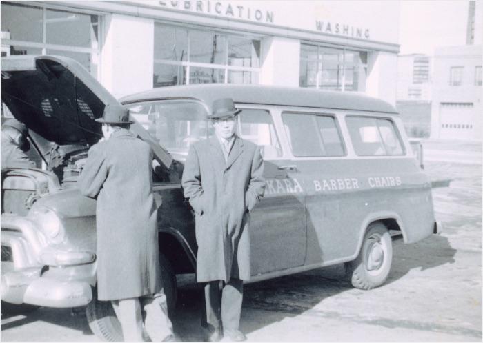 アメリカ大陸を横断したワゴン車と初期の駐在員